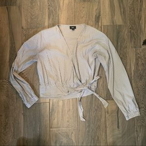 💗 5 for $25 Mossimo Striped wrap top